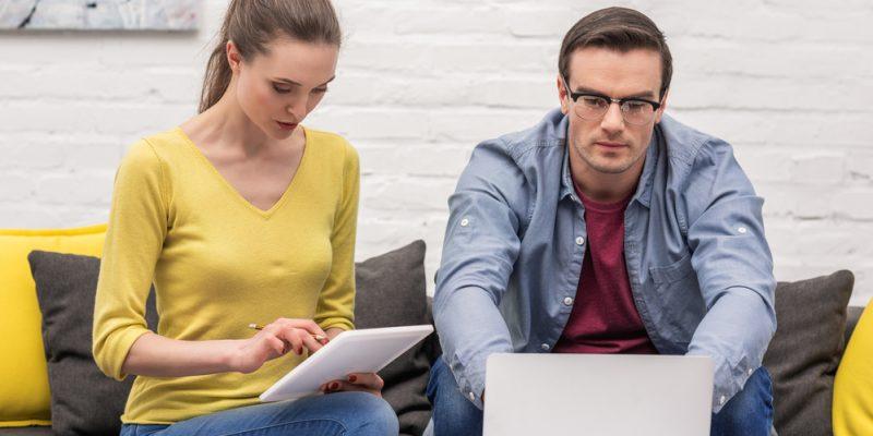 Como lidar com o fim de namoro com um colega de trabalho? (Foto: Depositphotos_199640890_s-2019)